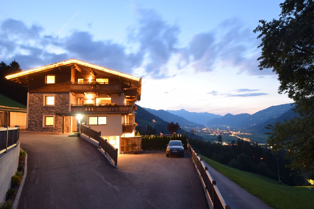 Holiday apartment Chaletapartment Gipfelwind (1859316), Kaltenbach, Zillertal, Tyrol, Austria, picture 10