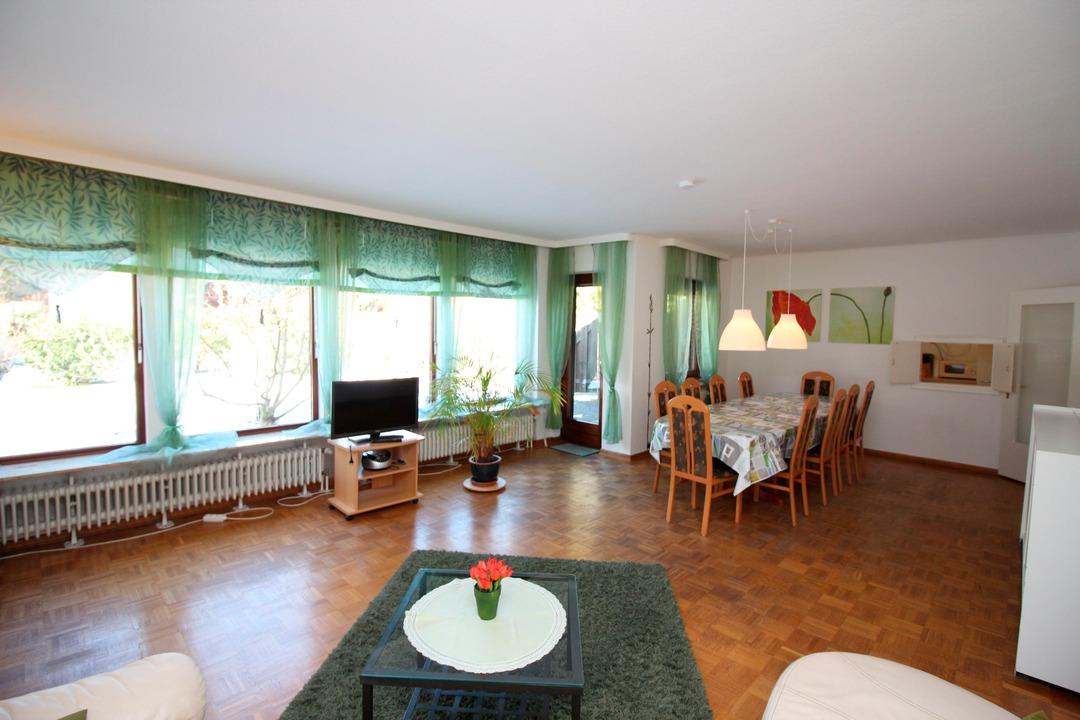Am Apfelgarten - Ferienhaus in Lüneburg mit eigenem Garten ...