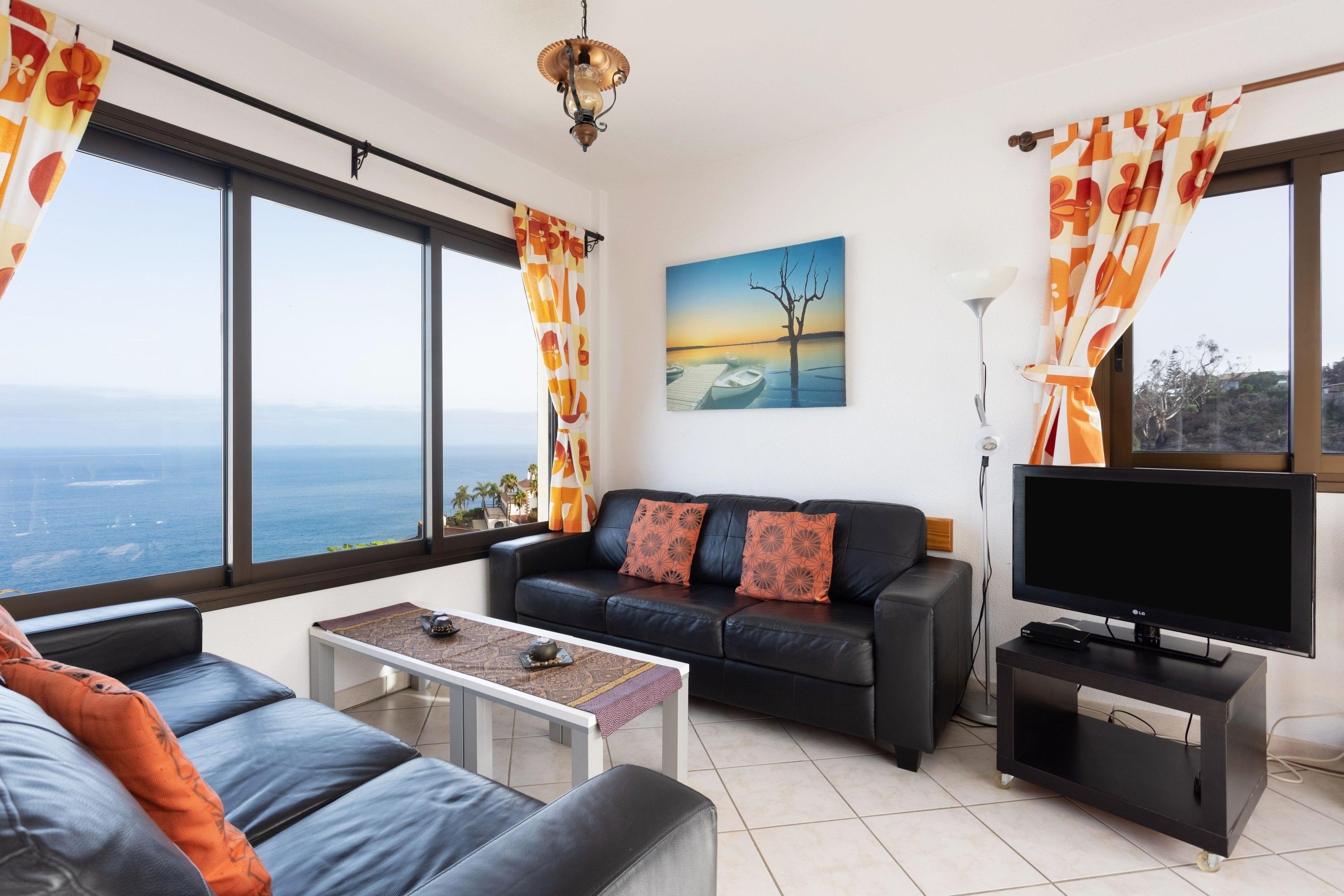 Appartement de vacances Fewo Atico Marazul, mit  Panorama- und Meerblick, Pool, Terrasse, Grill, Parkplatz und WLA (2492979), Santa Ursula, Ténérife, Iles Canaries, Espagne, image 2