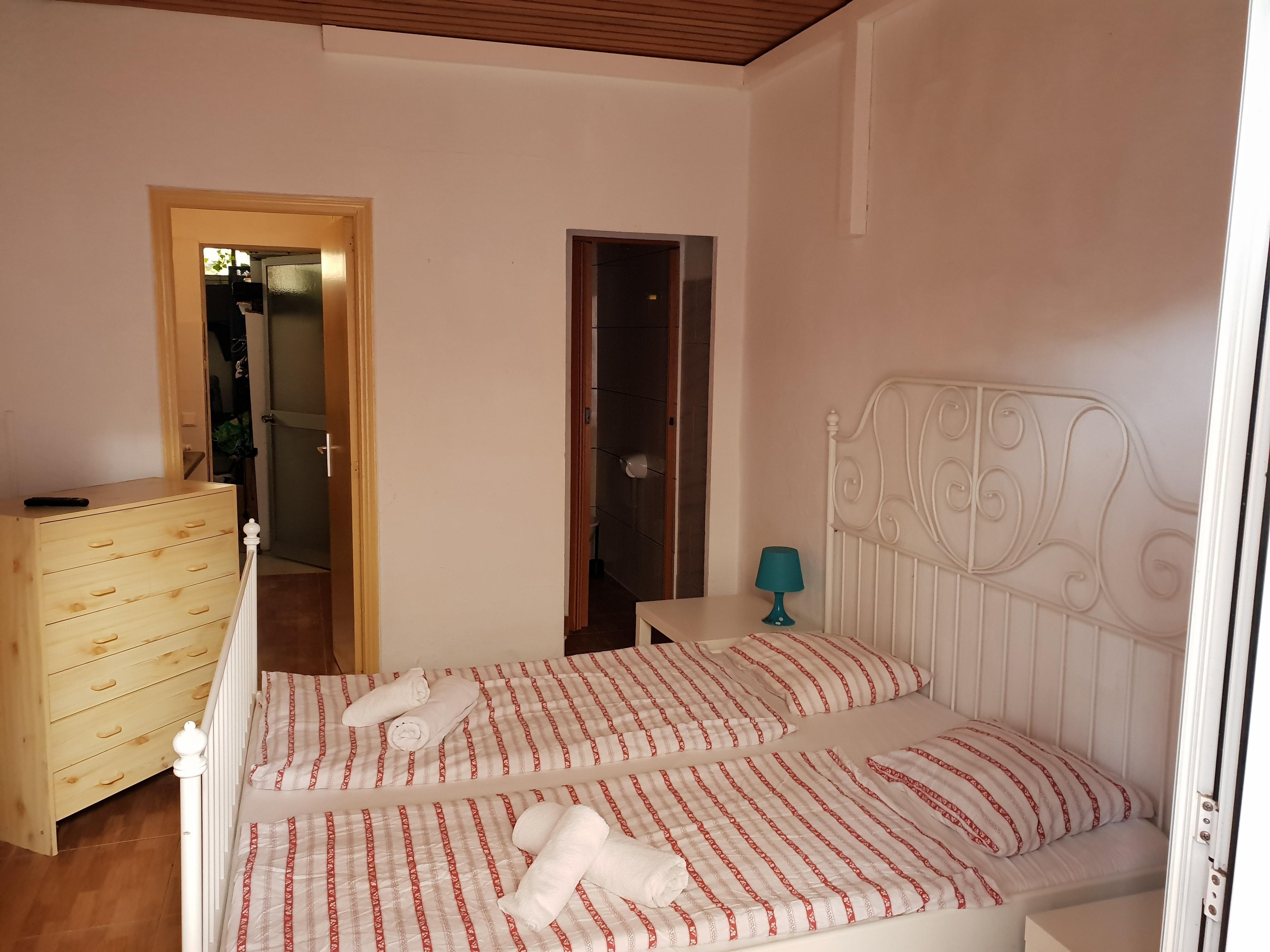 Studio Apartment für 2 Personen mit Terrasse Strandnah in 300m WLAN