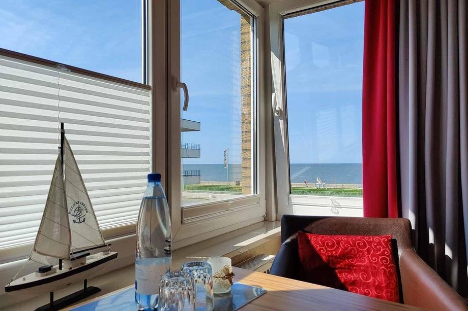 Ferienwohnung 4 Strandnah und mit Meerblick im Haus Seeluft zentral in Duhnen