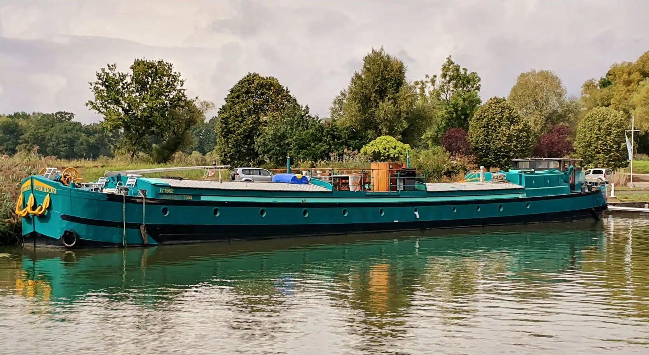 MS POSEIDON - Traumhaftes Hausboot bis 12 Pers. Ferienhaus in Frankreich