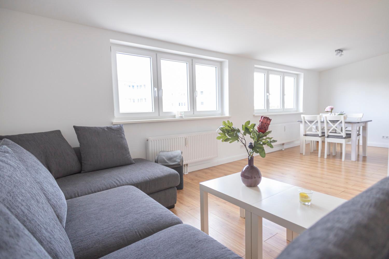 MAKRO Apartment (2 Schlafzimmer) Ferienwohnung  Hamburg